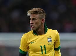 Neymar con la selección brasileña