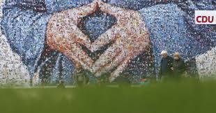 Las manos de Merkel fueron una de las imágenes de la campaña