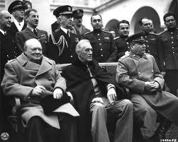 Churchill,Roosevelt y Stalin en Yalta