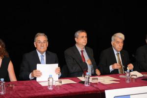 Junt amb el Degà de la Facultat de Periodisme, Josep María Carbonell, i el president de la Fundació Blanquerna, Salvador Pié