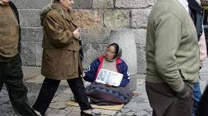 Un mendigo en una calle nórdica