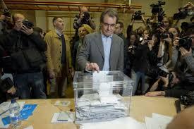 El president Mas votant aquest matí a Barcelona