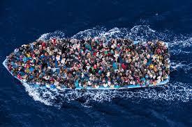Cientos de inmigrantes mueren al intentar cruzar las aguas mediterráneas