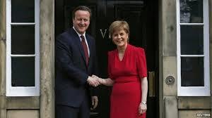 David Cameron i Nicola Sturgeon a Edimburg, després de les eleccions generals britàniques