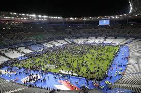 El Estadio de Francia invadido por los espectadores por razones de seguridad