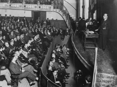 """Conferencia sobre """"Vieja y nueva política"""" pronunciada por Ortega y Gasset en Madrid el 1914"""