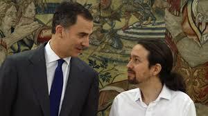 El Rey Felipe VI y Pablo Iglesias en la reunión en La Zarzuela