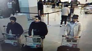 Los tres sospechosos de haber atentado en el aeropuerto y el metro de Bruselas.