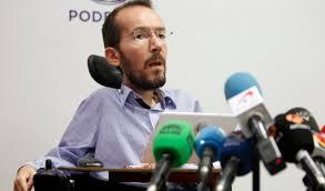 Pablo Echenique, secretario de organización de Podemos, en el momento de anunciar los resultados de la consulta a los afiliados