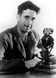 George Orwell, uno de los grandes periodistas del controvertido siglo XX. Siempre está vigente.