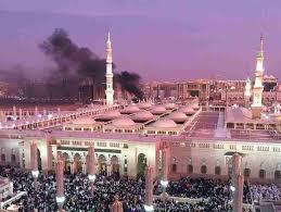Explosión en las cercanías de la mezquita de Madina, lugar del sepulcro del profeta Mahoma