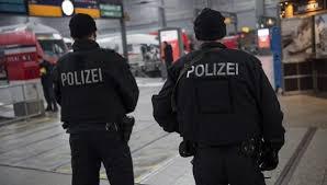 La policia alemana después del asesinato de varias personas en Munich por parte de un joven alemán de 18 años