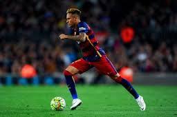 Las habilidades de Neymar enervan a algunos jugadores y a comentaristas parciales
