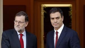 Mariano Rajoy y Pedro Sánchez en un encuentro antes de la investidura y la dimisión del líder socialista