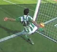 El Gol Fantasma de Alba entró clara y nítidamente en la portería del Betis. No subió al marcador.